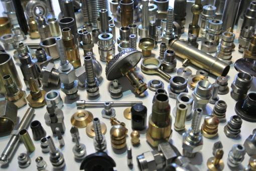 Décolletage de précision pièces automobile